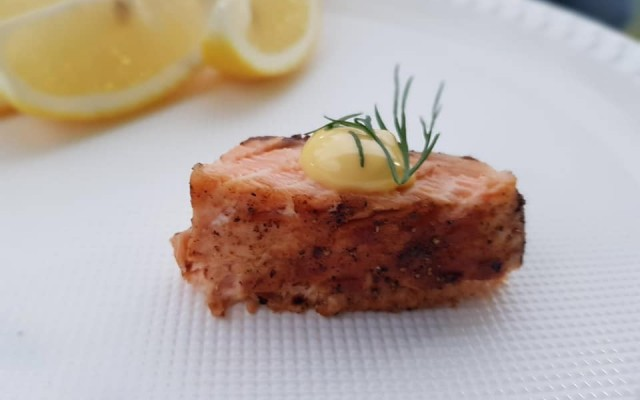 Salmon with Dill Hollandaise Sauce (by Chef Paolo)